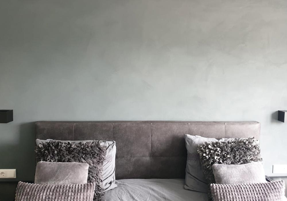 slaapkamer muur betonlook